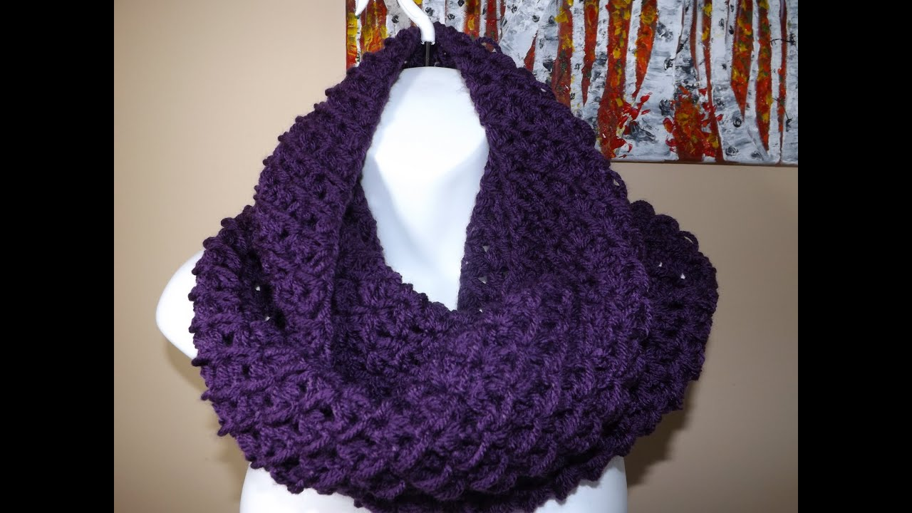 Crochet Tutorial Infinity Scarf : Crochet Circle or Infinity Scarf - YouTube