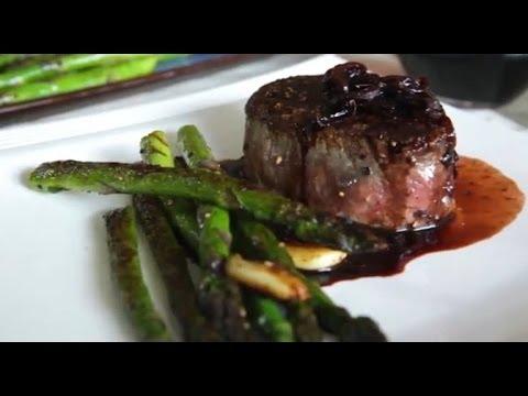 Filetes de carne de res en reducci n de vino tinto youtube - Filetes de carne en salsa ...