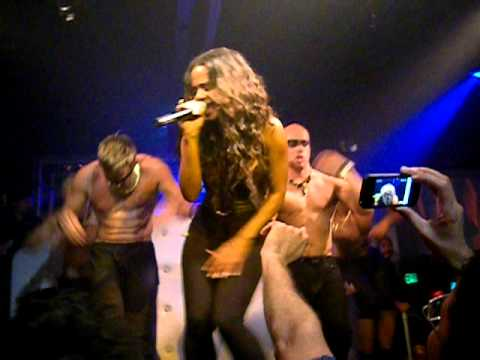 Christina Milian - Dip It Low (Live @ The Factory, Hollywood, CA) 6-10-11