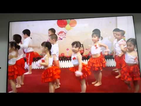 Nhảy lên nào các ban ơi ( hà anh 3 tuổi rưỡi )