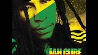 Clique para Assistir - Jah Cure - Call On Me