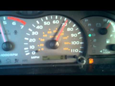 Заезд на четверть мили Toyota 4Runner с двигателем 2UZ-FE