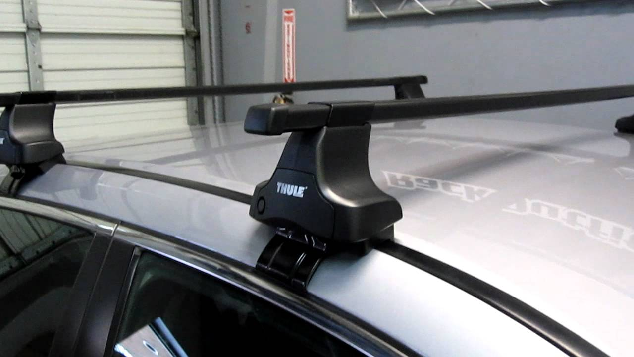 Honda Accord Sedan With Thule 480 Traverse Base Roof Rack