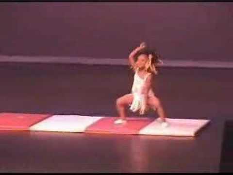 """4letý neuvěřitelný """"gumový"""" talent! :-O"""