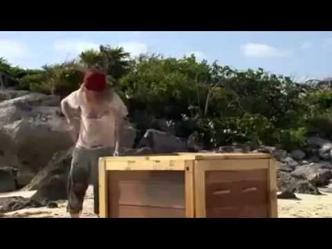 Chết Cười Với Ông Già Robinson Nơi Đảo Hoang Này