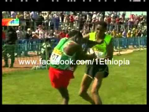 Ethiopian and eritrean athlets Fight during a Race
