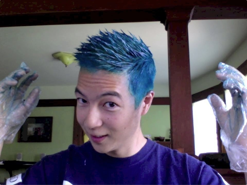 Bleaching And Dyeing Asian Hair To Blue And Purple Youtube