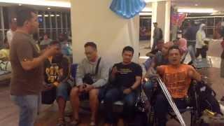 Ketika Bank Acapella Indonesia Terjebak Di Bandara