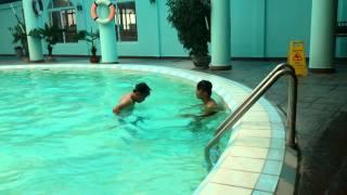 Bơi lội - Bài tập tay ếch cơ bản