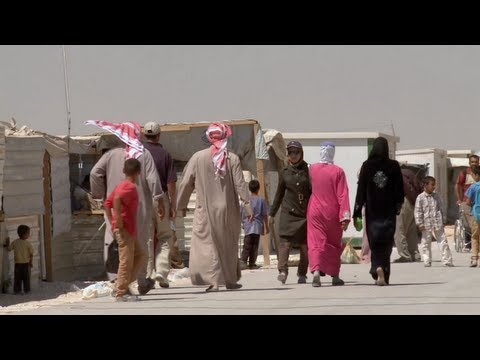 At Home in Zaatari: Life in a Syrian Refugee Camp
