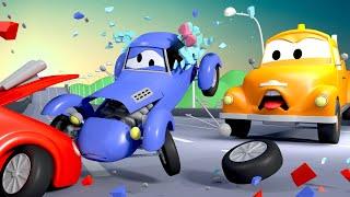 El accidente !! - Tom la Grúa en Auto City | Dibujos animados para niñas y niños
