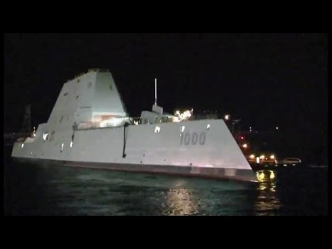 US Navy - DDG 1000 Zumwalt-Class Destroyer Launched From Drydock Timelapse [480p]