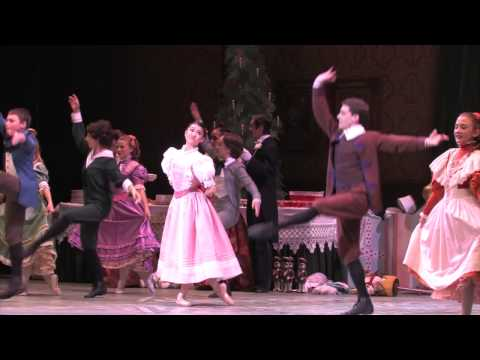 The Nutcracker Tradition | La tradition de Casse-Noisette