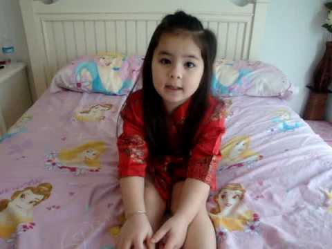 Jazi- e bé dễ thương nhất Việt Nam hát bài