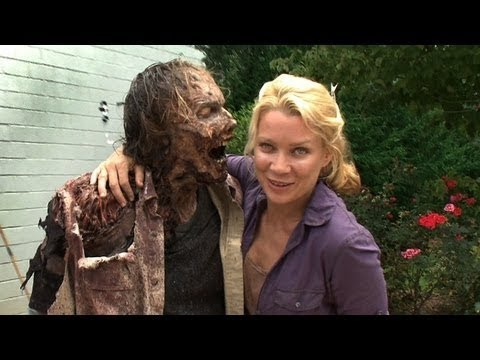 "Making Of The Walking Dead 3x09 ""The Suicide King"", Making Of The Walking Dead 3x09 - See how Special Effects Make-Up guru and Co-Executive Producer Greg Nicotero was transformed for a zombie cameo in The Walk..."