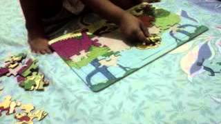 3,2 years old play puzzle.3GP view on youtube.com tube online.