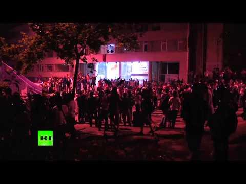 Массовые беспорядки в Турции продолжаются уже пятую ночь - Турция 2013