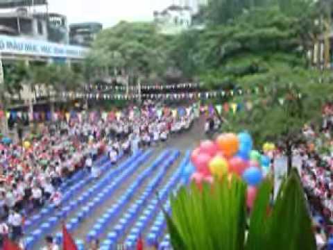 Lễ đón học sinh lớp 1 năm học 2011-2012- Tiểu học Cát Linh.wmv