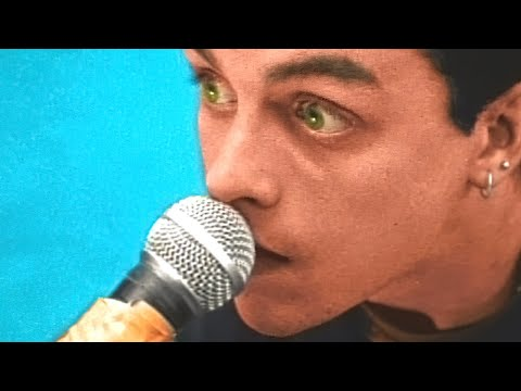 Green Day - Basket Case [Official Music Video]
