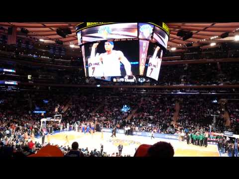 Game opening for Knicks vs Celtics on 2013-12-08.