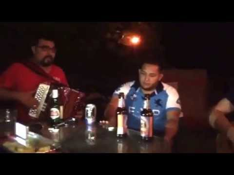 Los atiza2 el compa mike bajosexto y accordion