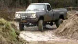 Dodge Power Wagon Dodge W200 Dodge M880 Groesbeek U Turn