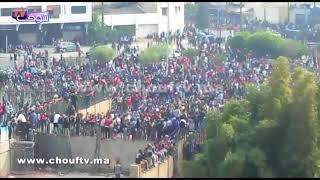 فيديو من قلب مركب محمد الخامس.. ثورة حقيقية خلال عملية بيع تذاكر الوداد و الأهلي |
