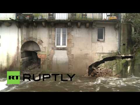 "France: Storm ""Ulla"" hits Brittany hard"