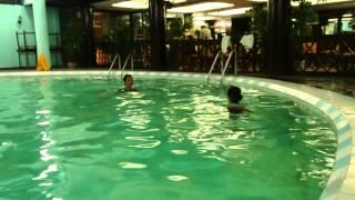 Bơi lội - Bài tập kết hợp chân tay cơ bản trong bơi ếch