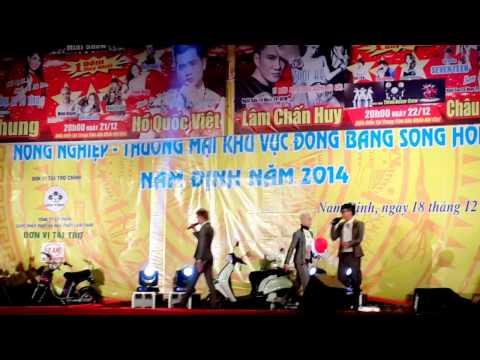 Hội Chợ Nam Định _2014 (Hot Girl Ôm Hôn HKT)