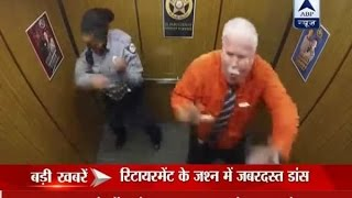 Viral video: Sheriff's deputy celebrates his retirement inside lift