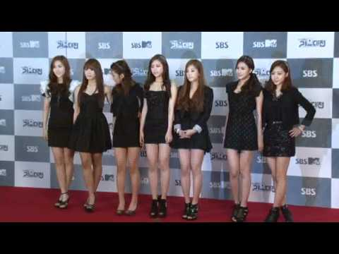 [CLIP/111229] A Pink - Red Carpet @2011 SBS Gayo Daejun