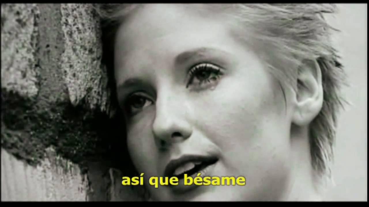 letra de kiss me de sixpence none: