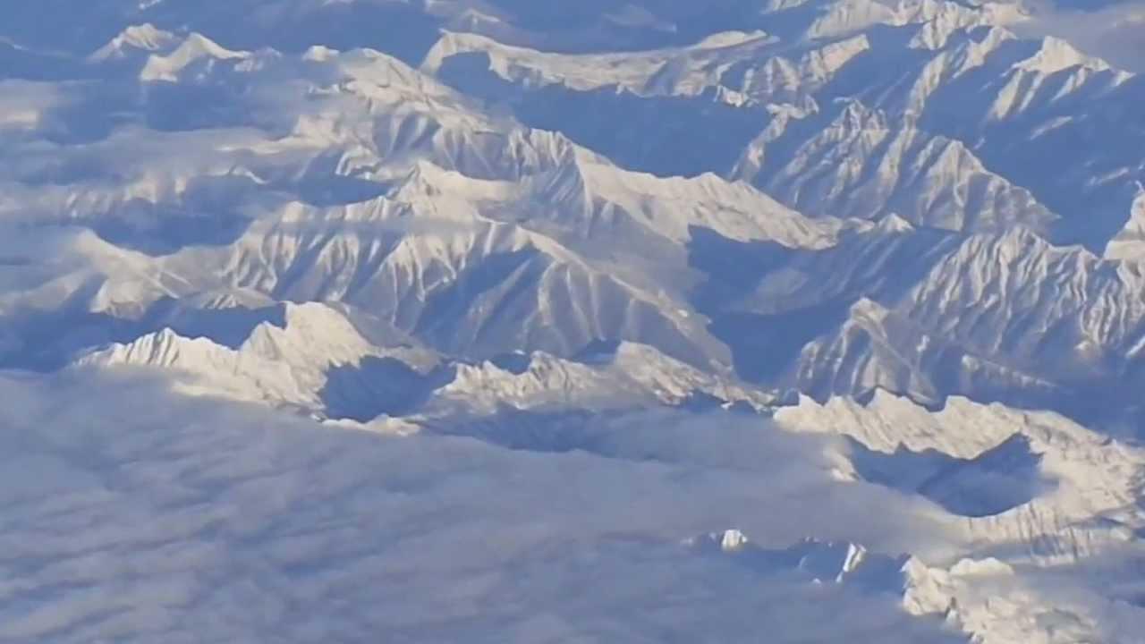 vancouver to toronto flight takeoff 8r climb rockies. Black Bedroom Furniture Sets. Home Design Ideas