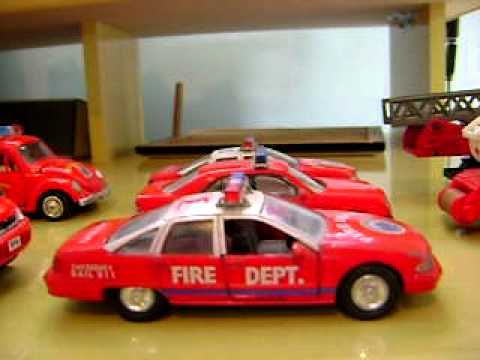 desfile de minhas miniaturas do corpo de bombeiros!