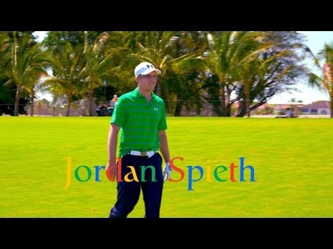 Jordan Spieth tries Google Glass on hole No. 1