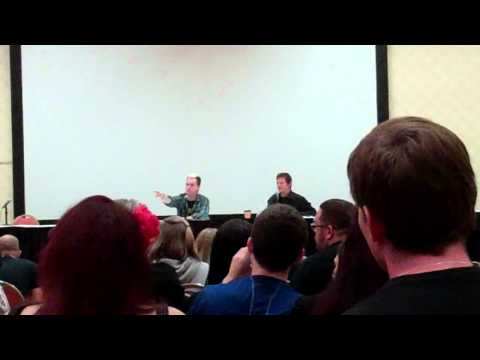 Walking Dead (Norman Reedus) Q&A - Part 2 (Monster Mania 2011)