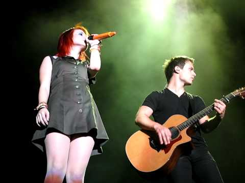 9/17 Paramore - You Ain't Woman Enough (Loretta Lynn Cover) @ HCT, Hershey PP, PA 8/07/10