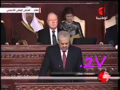 رئيس الوزراء الجزائري أدهش الجميع بفصاحته و طلاقة لسانه