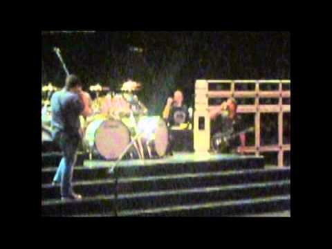Van Halen - 2012-04-21 - Greensboro, NC soundcheck Part 1 GREAT Audio [VHFrance Videos]