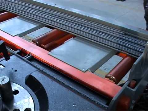 Máquina automática para dobrar aço Schnell mod. Roboclassic