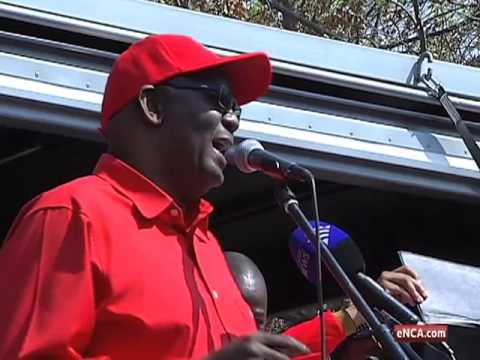 Suspended Cosatu boss Zwelinzima Vavi is fighting for his political life