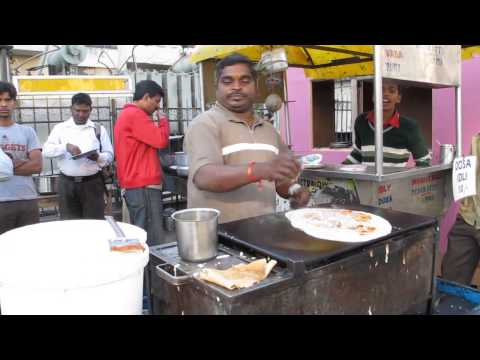 Hyderabad Street Food: Making Dosa