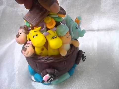 Topo de bolo Arca de Noé em biscuit!