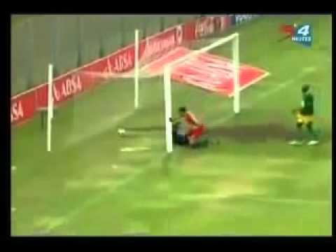 Parah Lucu Banget Ngakak Video Gol Paling lucu  2013