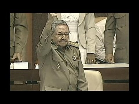 Cuba: Raul Castro talks of possible 'advances' in relations with US