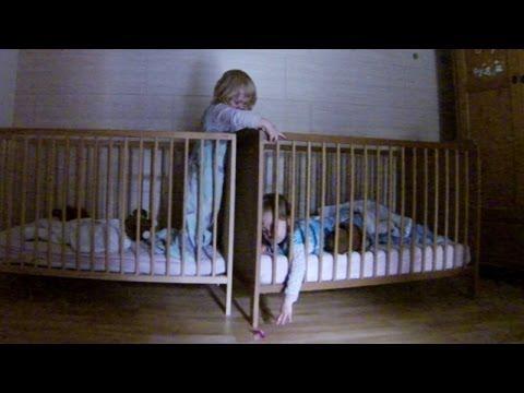 Zwillinge reden witzig bei Mission Nuckel ♥ Baby Zwillinge unterhalten sich, lustige Videos