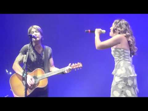 Keith Urban Jimmy Barnes Jessica Mauboy When The War Is Over