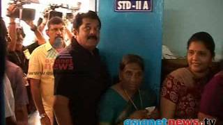 Kerala Election 2014: Mukesh (actor) on polling booth