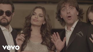 Aleks Syntek – Tan Cerquita ft. Cristian Castro – Video Oficial